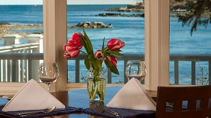 dining table at Dockside restaurant in York, Maine