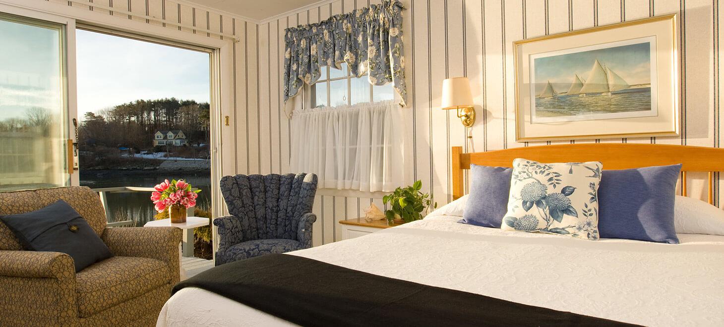 Room at Dockside Guest Quarters