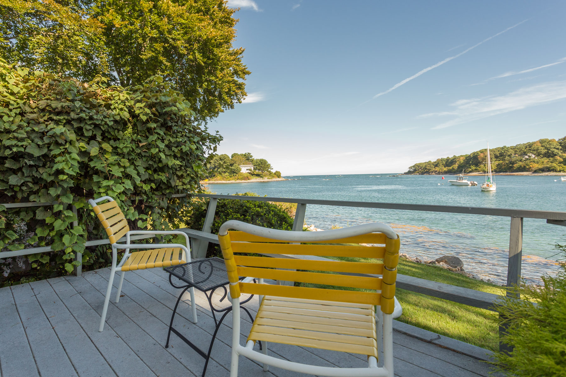 Private water view deck