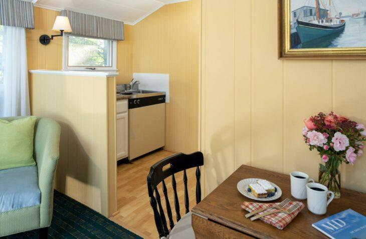 Room 118 living room