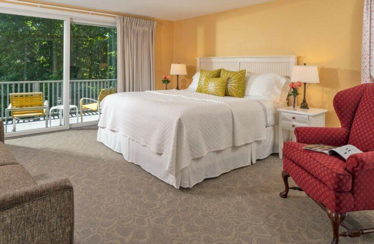Room 125 bed