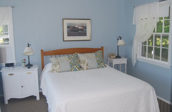 Room 109 bed