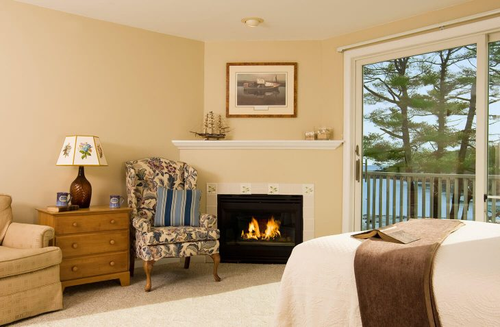 Room 122/123 chairs and fireplace